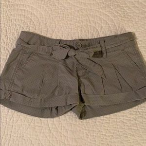 Hollister grey polka dot shorts with belt